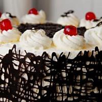 עוגת יום הולדת היא סיבה למסיבה